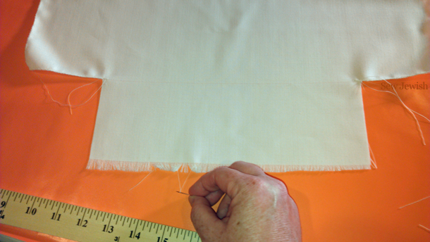 Remove threads from tallit fringe
