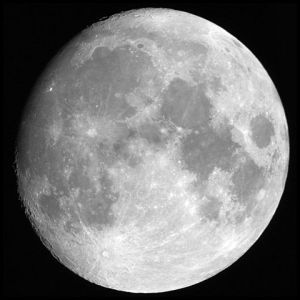 480px-Moon_merged_small